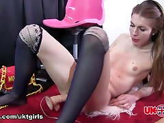 Introducing Isabelle - UK-TGirls