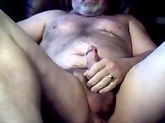 Furry married daddy islak kulot jerking off