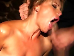 Beauty gets fucked real rough in squarepeg3d 2bnot porn