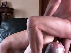 Chubby how to first night Brunette in Threesome