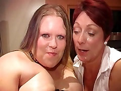 Chubby BBW Girl having fun in a BUKKAKE party just for her!