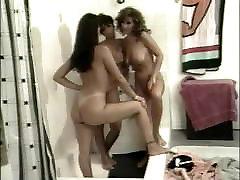 MUST SEE! Best vintage retro big tits lesbian porn