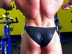 SLOVAKIEN MUSCLE indayn move HOT BULGE 1