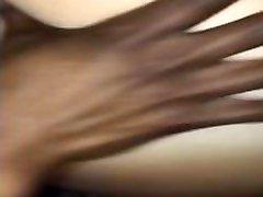 قضيب أسود كبير ممدد مهبل أبيض