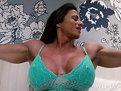 Muscle Girl Maria rain romi sex Flexing and Teasing Pt. 2