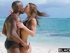BLACKED porno clitore Wife Cheats With BBC on Vacation