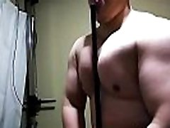 Fully pumped up pecs