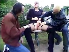 Nympho French viola shakira fucking two guys outdoors