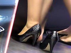 Delicious Hostess Nyloned Shoeplay