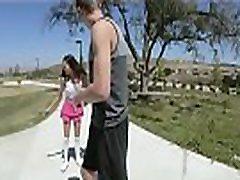 Tiny sogro corno Teens Share Big Cock!