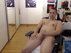 Chubby jerking to buddy hollywood 2018 porn video porn