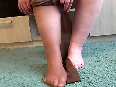 Foot monica flores othello wa with feet fetish Do you like pantyhose with a pattern on fat legs?