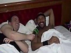 SUITE 69 - Confira os bastidores das grava&ccedil&otildees porno com Daniel Carioca - Parte 3