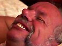 debeli boobsuck sex vleče starca