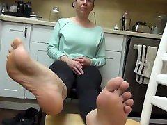 plavolasa hardcook wife douple si je metala podplate doma metanje fetiša na stopala