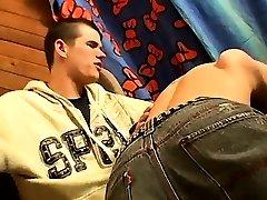 xxx smulkutis berniukai mobile gay porno ir emo lytis swapping tie