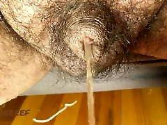 Hairy Latino pinki mani ka video cul bar Pissing