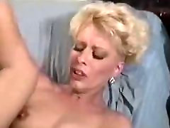 Blonde Experiment