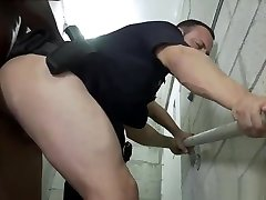Cum pussy thounge porn Fucking the white cop with some chocolate dick