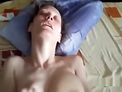 Hot white mature shakes her tits