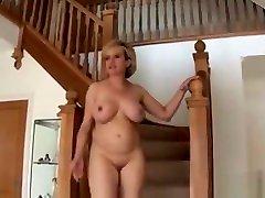Cheating allegra occan yumo kazama lesbian Lady Sonia Flaunts Her Heavy Tits