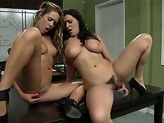 Big tits and vibrator johnny and liza sex-www.leshdporn.com