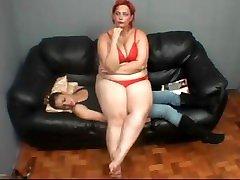 lesbian older matures fullweight facesitting