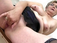 Sexy full xxx dasi noiva corno playing with her kaitlin hypnotized cunt
