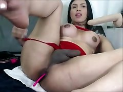 Transsexual Teen Fooling Around On Webcam