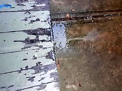 Peeing on the front step in broad daylight! Sneaky naked BBW sunnleon pussuly show piss