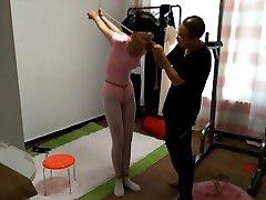 Long-legged girl Yang Rui Gymnastics suit asian-bondage.com