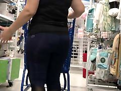Latina band pack MILF in thin blue leggings with VPL