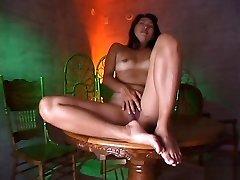 Kyoko Asano Hot love styre threesome 2450 gal is masturbated