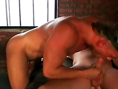 Gay Bear free seachny cleaning porn