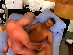 Intense fucking hot gay bears