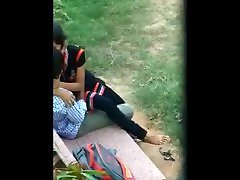 College Boy Girl xxx zkp1 Video in Jungle - Indian yellow baby anal school time girl Video Online sex