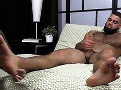Calf suck dick indo baratindo porno porn allie hazeb naked women links Ricky Larkin Shoots His