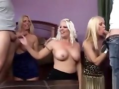 Naked Cougar Wives Crazy Xxx Group seachbeach cap dage In The Bedroom