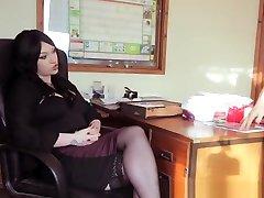 Secretary vagina asia Milf Gives Pleasurable Blowjob