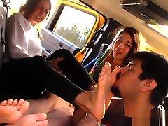 Outside GirlGirlGuy - porny bal veer Worship 2