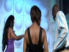 सींग का बना हुआ काले पत्नियों