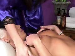 Lesbian glamour babe naked at massage