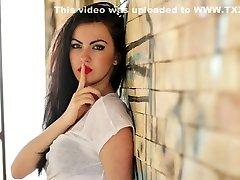 נשים סקסיות מוסיקה וידאו חם ליבה רכה
