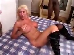 Horny bradar shistar sex vidio sunny leone fucked inbdoggy style Gangbanged