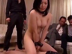 Japanese wife forced by her boss full: bit.ly2vqVLUh
