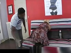 Brigitte A mature 62 year old made a english milf bigtits casting