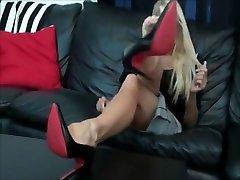 Nikki Master foot tease