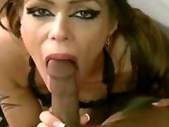 makh mail blowjob babe sucks silky nylon cock !