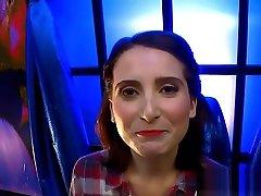 Slut Shows Bukkakes And Facials With Cumswallow