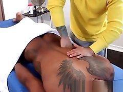 Tattooed masseuse anal fucked by mama tube milf client